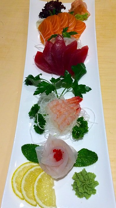 Sushi plate - fujiyamabristol.co.uk ©2016