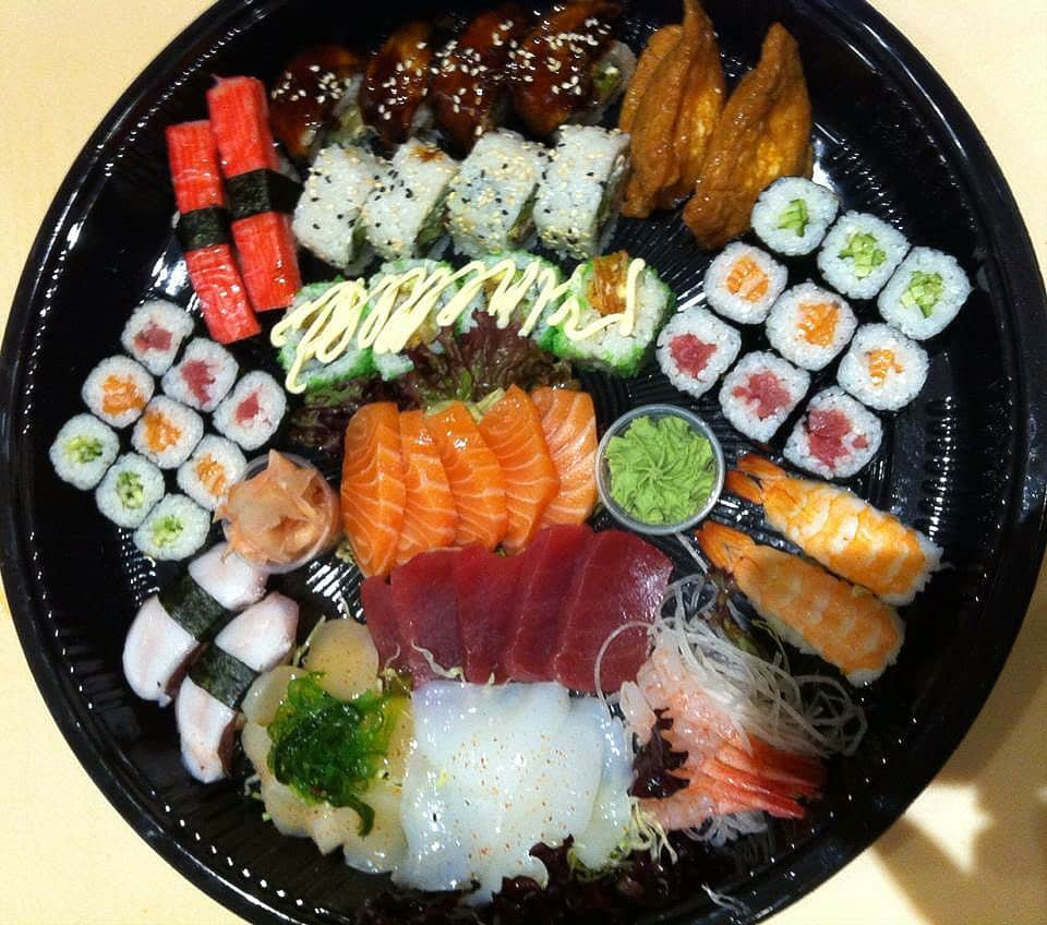 Sushi set meals - fujiyamabristol.co.uk ©2016